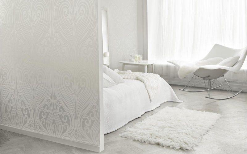 Белая спальня - отделка, мебель, освещение