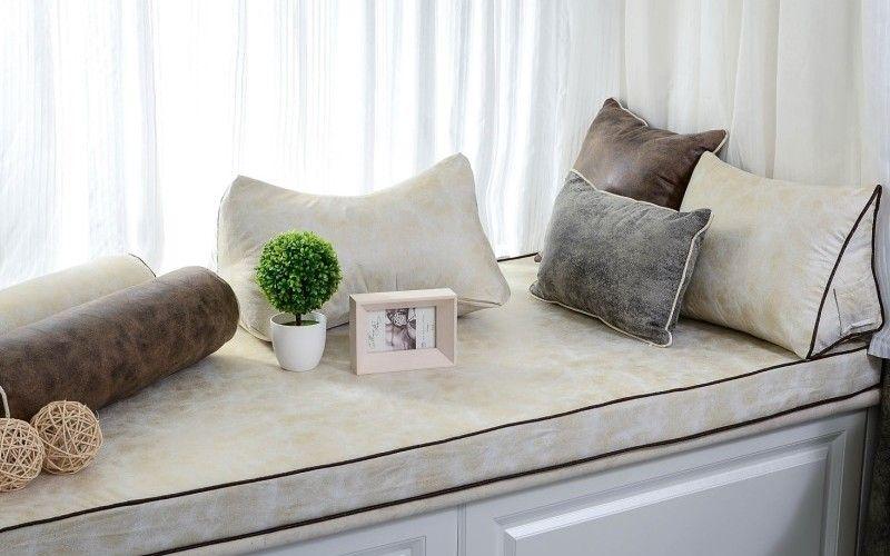 Чем украсить подоконник - Подушки, коврики