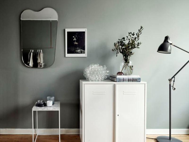Небольшая квартира в Швеции в белых и серых тонах