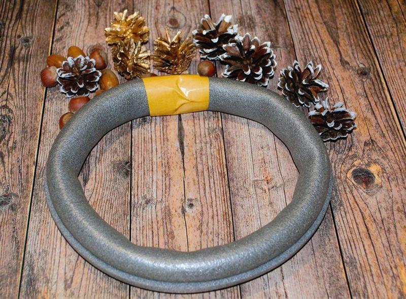 Новогодний венок своими руками: подробный мастер-класс изготовления венка на дверь