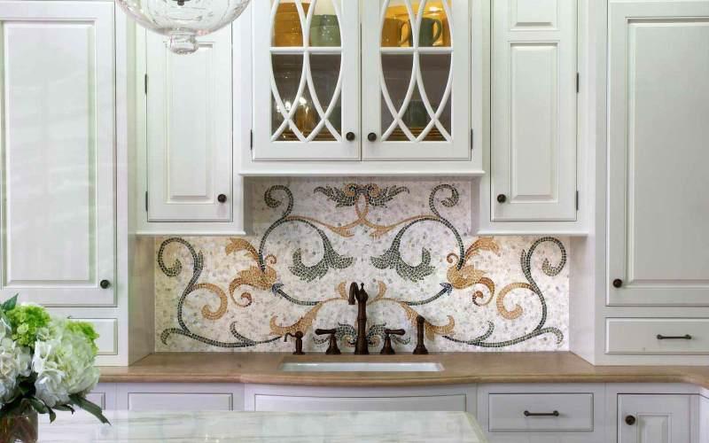Панно из мозаики на кухне