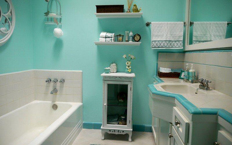 Красим стены в ванной: краска, инструмент, этапы работы
