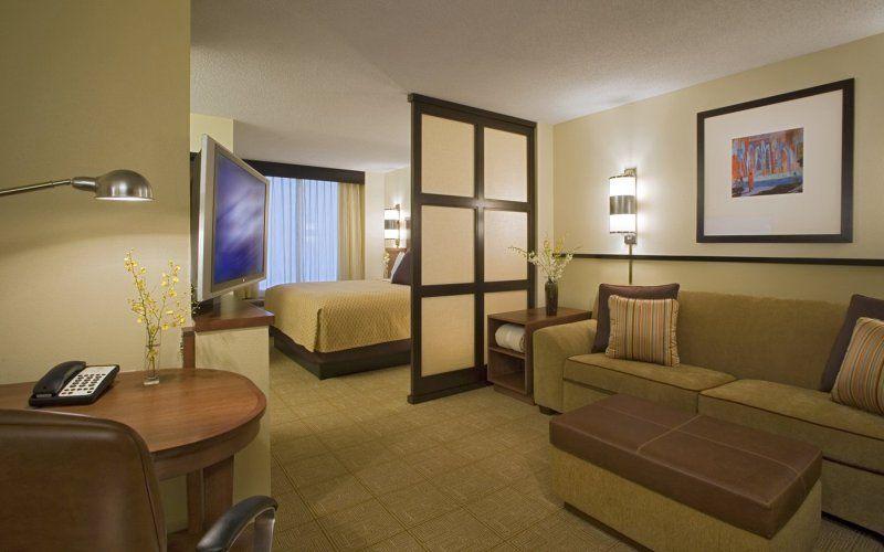 Общие принципы зонирования на спальню и гостиную