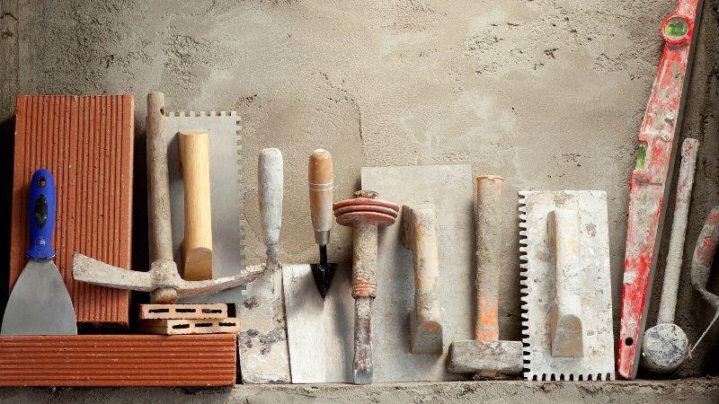 Инструменты и материалы для нанесения венецианской штукатурки