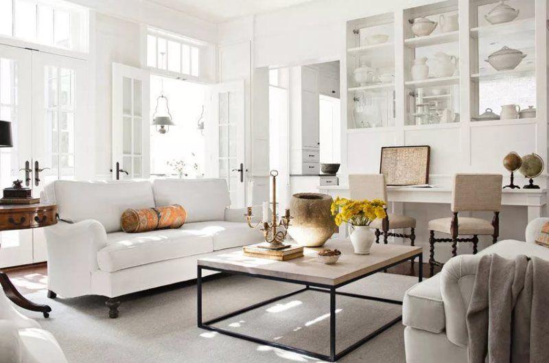 Белая гостиная в примерах на фото