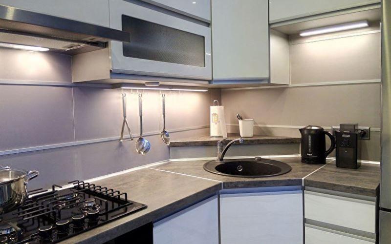 Планировка и дизайн угловой кухни - Мойка в углу