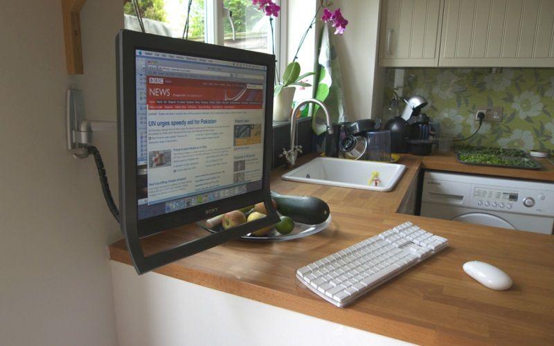 Компьютер на кухне - как разместить