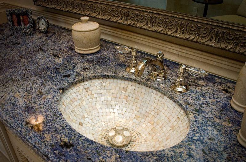 Раковина из мозаики