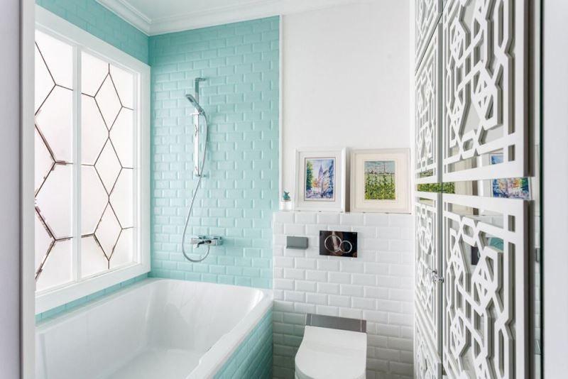 Голубая плитка кабанчик в ванной