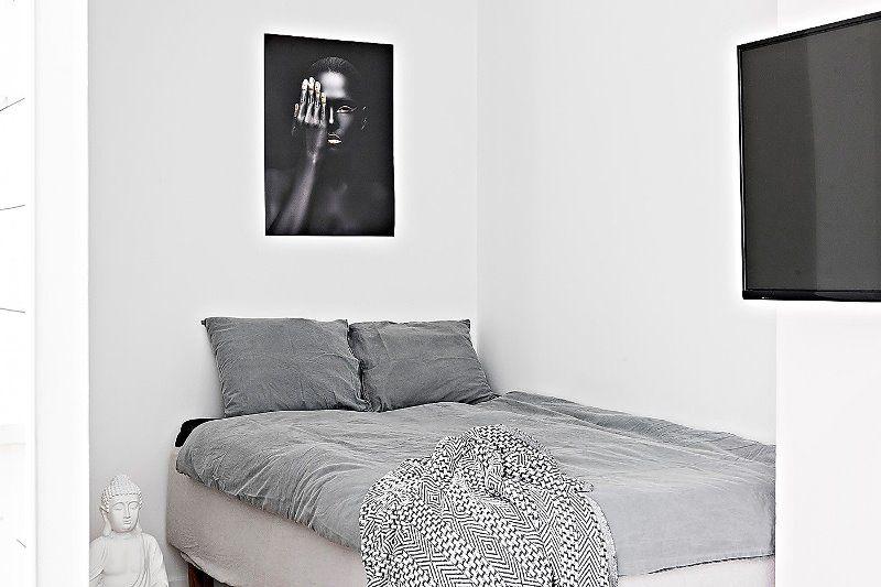 Однокомнатная квартира в скандинавском со спальней в алькове