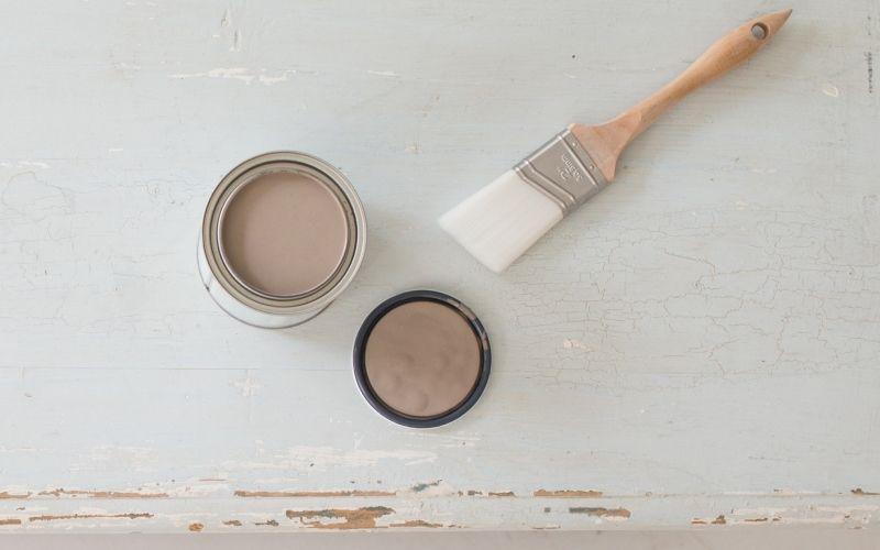 Как покрасить мебель меловой краской