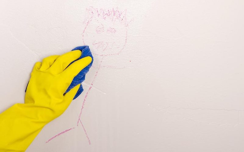 Как замаскировать рисунки на обоях