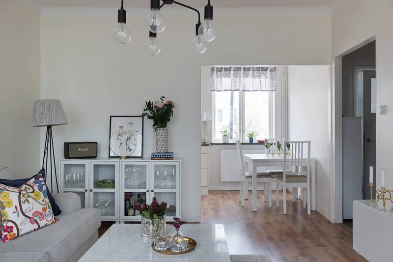 Светлая двухкомнатная квартира в Швеции
